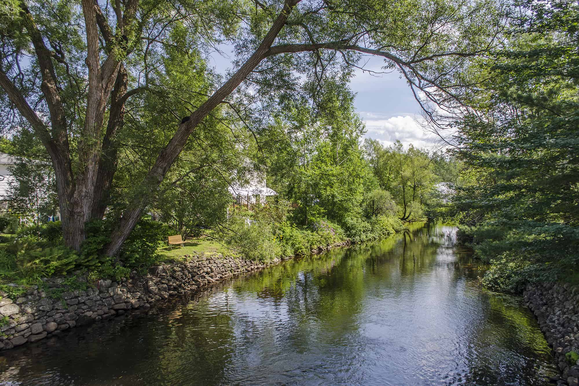 eastman slider tourisme canal