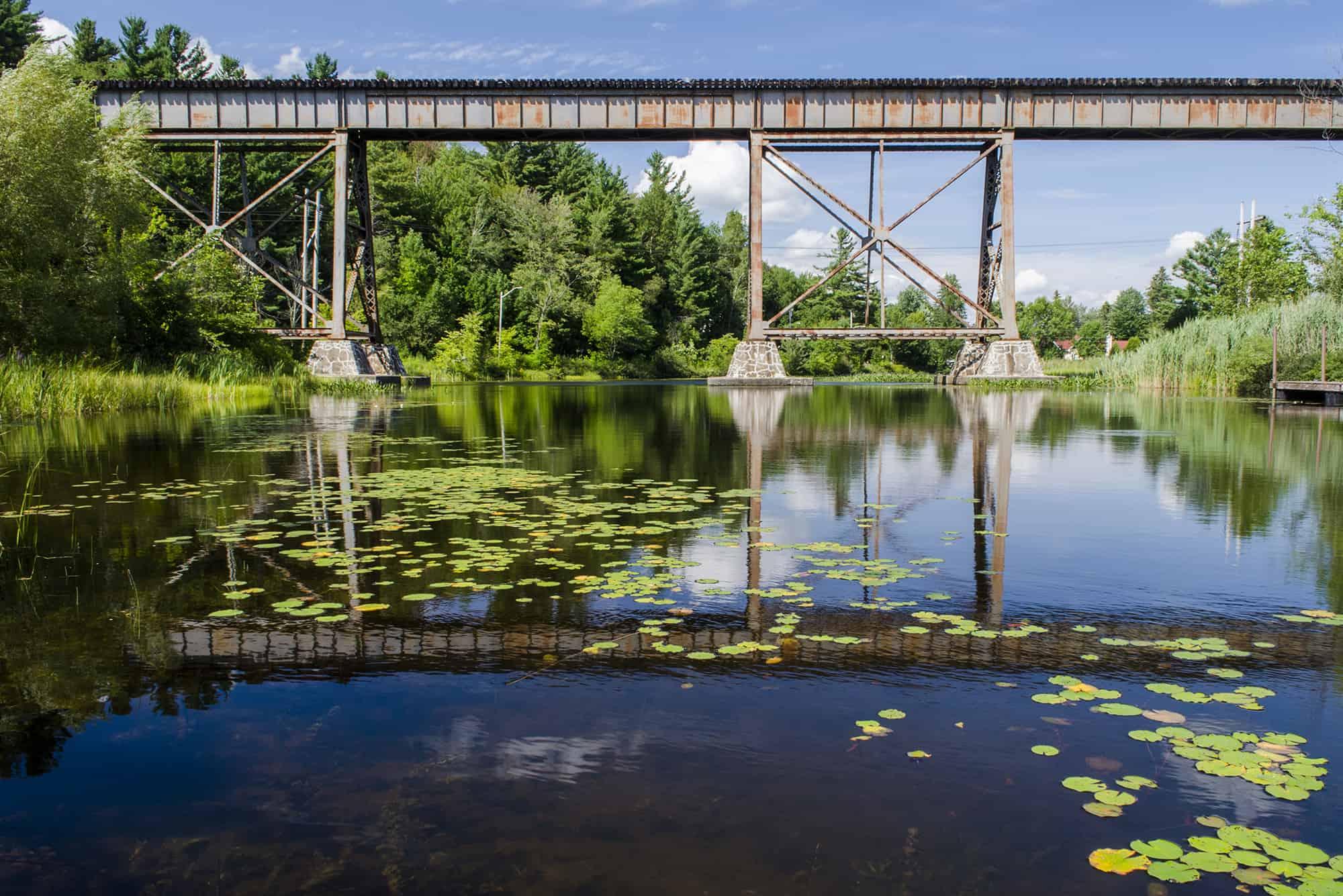 eastman slider tourisme lac pont